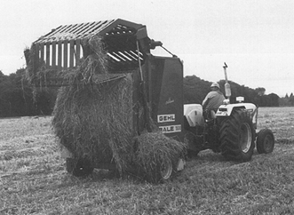 Round Baler Gehl - click for larger image